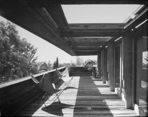 Frank lloyd wright s sturges house a los angeles for Furniture 94513